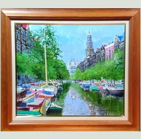 西教会のある運河